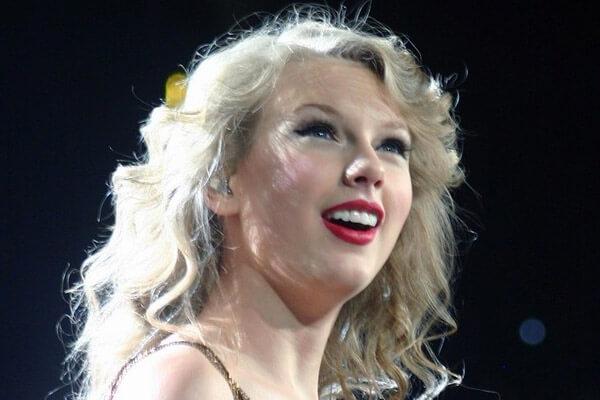 Taylor Swift' Net Worth Will Make You Go Dizzy, Like Really